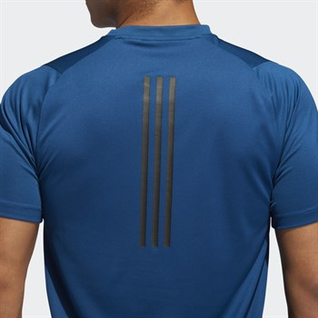 adidas Freelift_Tech Fitted Climacool Graphic Tee Erkek Tişört